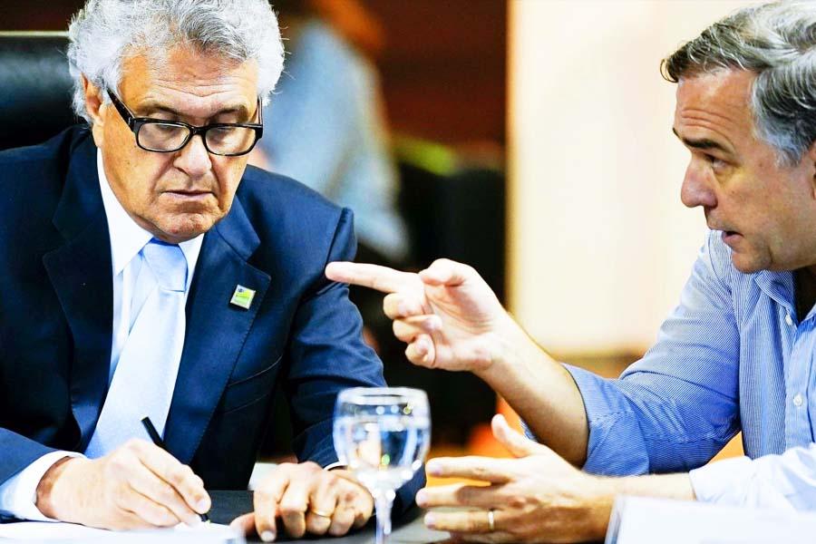 Novo decreto foi político, e não técnico diz Sandro Mabel em vídeo