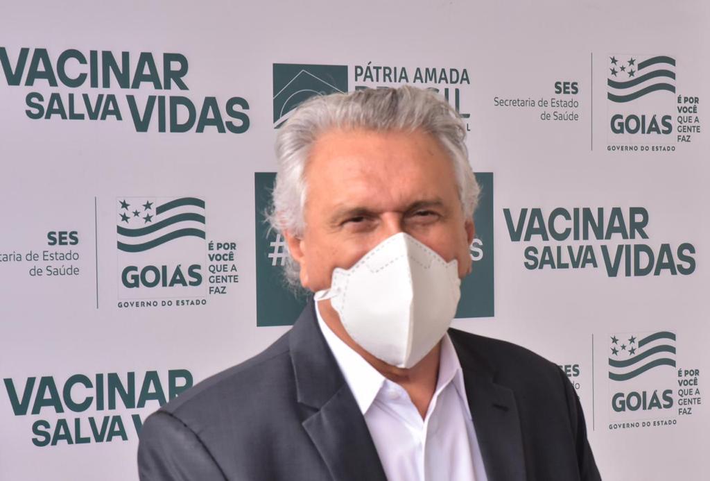 Caiado convoca força-tarefa para que prefeituras concluam atualização dos dados da imunização contra Covid-19